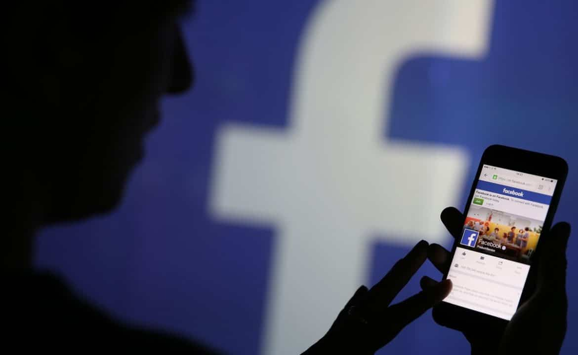 Facebook Will Shutter Activities For Mobile Web and In-Stream